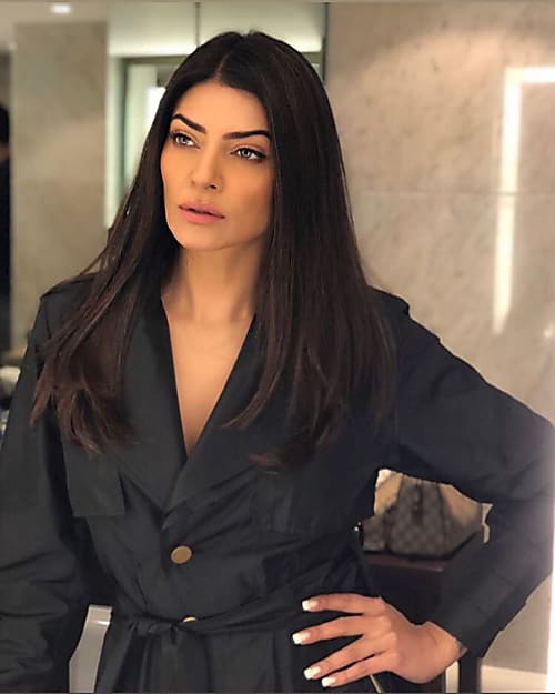 Sushmita Sen S Fierce Look Is One For The Boss Woman